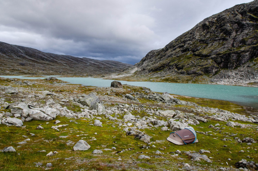 Camping sauvage sur l'ancienne Strynefjell
